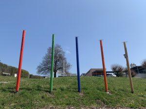 Die fünf Stelen vor dem Curhaus