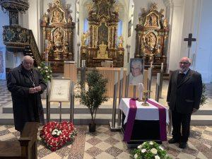 Bischof Aichern und Pfarrer Rockenschaub